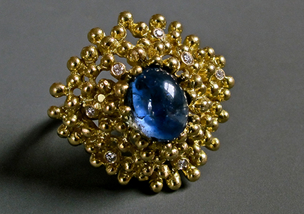 Saphir bleu, diamants, or 18ct