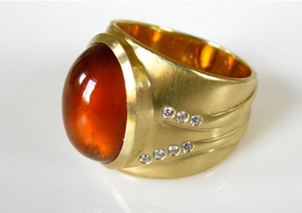 Hessonite, diamants, <br>or mat 18ct